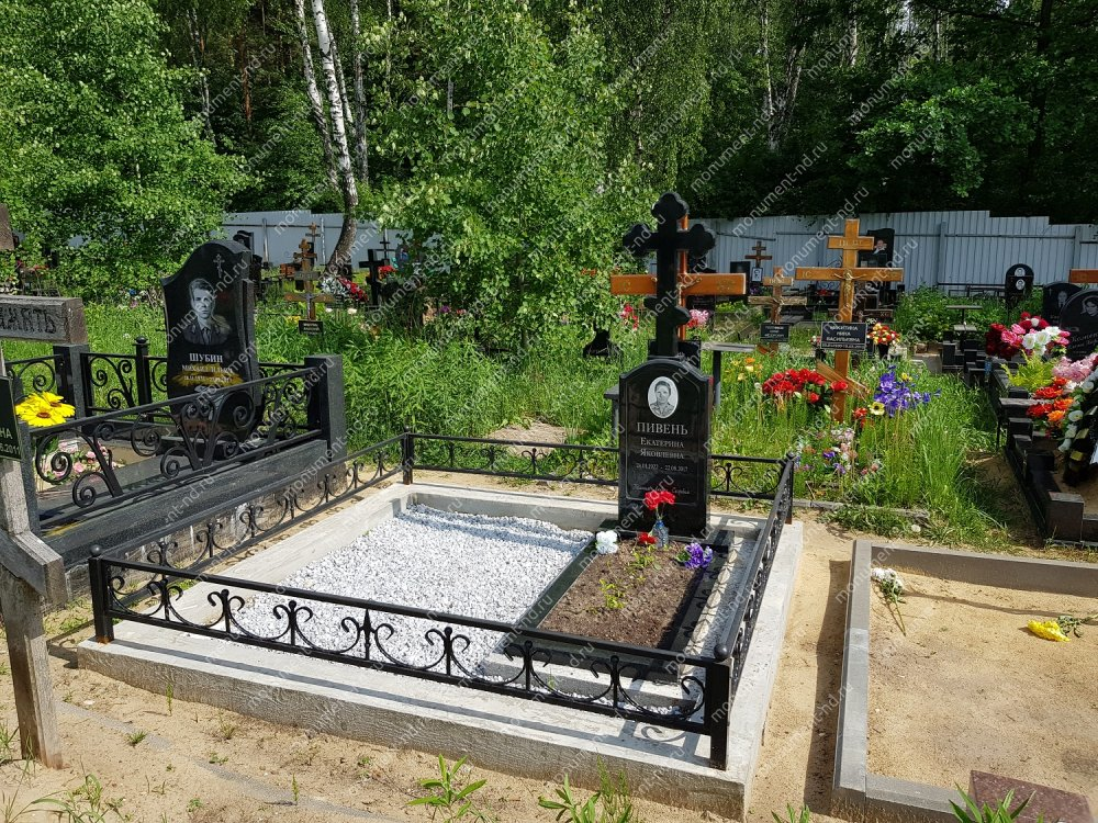 """Мемориальный комплекс НР - 049 """"Под ключ"""" 200х180 см"""