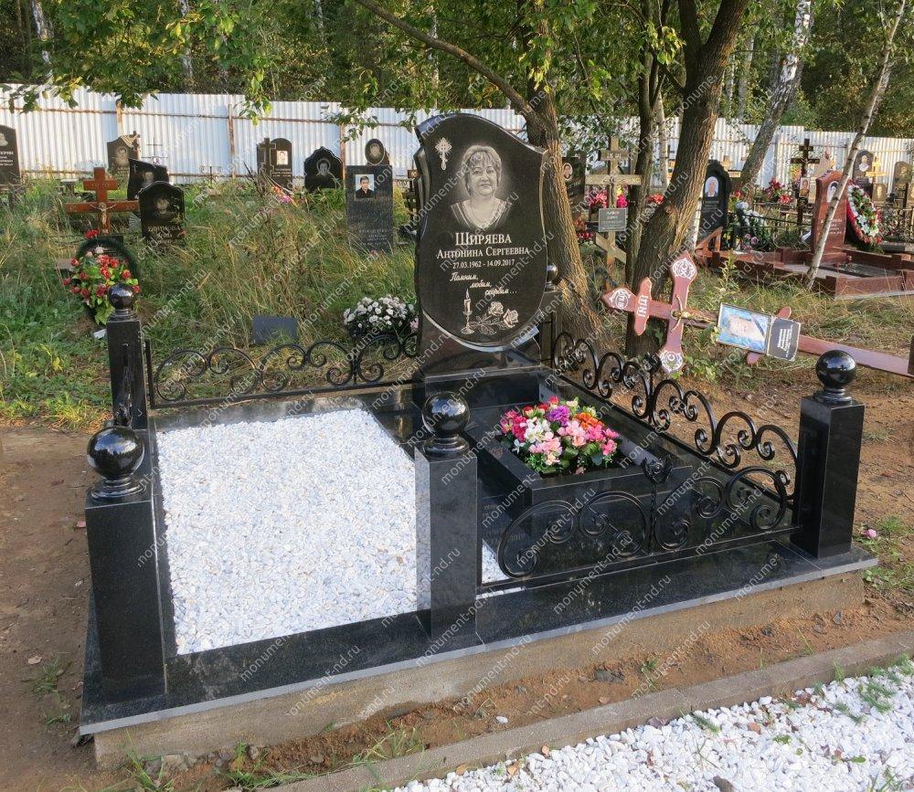 """Мемориальный комплекс НР - 100 """"Под ключ"""" 200х180 см"""