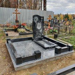 """Мемориальный комплекс НР - 062 """"Под ключ"""" 200х180 см"""