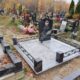 """Мемориальный комплекс НР - 070 """"Под ключ"""" 200х180 см"""