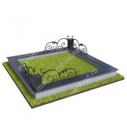 Гранитный цоколь с оградой ГЦО-017 гранит/металл