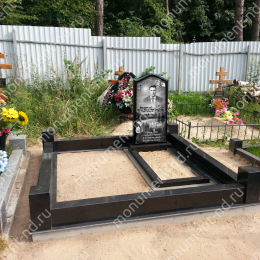 """Мемориальный комплекс НР - 141 """"Под ключ"""" 200х180 см"""