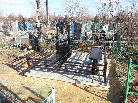 """Мемориальный комплекс НР - 143 """"Под ключ"""" 200х180 см"""