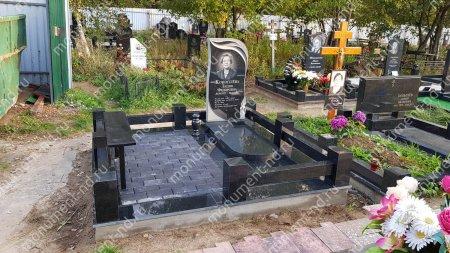 """Мемориальный комплекс Ц - 019 """"Под ключ"""" 200х180 см 3"""
