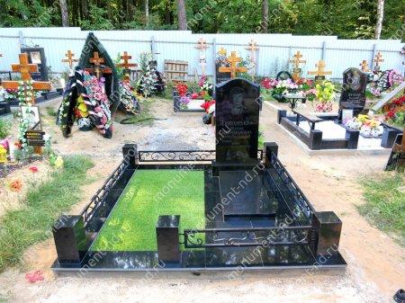 Озеленение на могилу искусственное 3