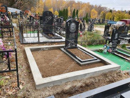 """Мемориальный комплекс НР - 069 """"Под ключ"""" 200х180 см"""