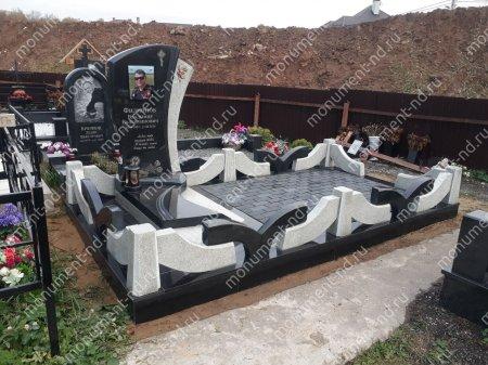 """Мемориальный комплекс НР - 145 """"Под ключ"""" 200х370 см 1"""