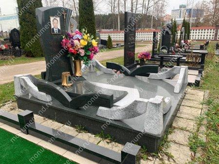 """Мемориальный комплекс Ц-004 """"Под ключ"""" 200х180 см 4"""
