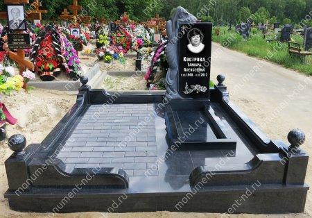 """Мемориальный комплекс Ц - 023 """"Под ключ"""" 200х180 см 2"""