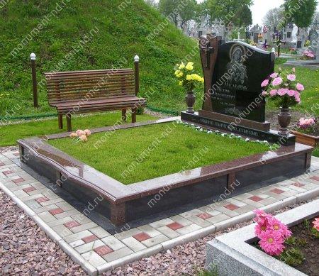Озеленение на могилу натуральное 4